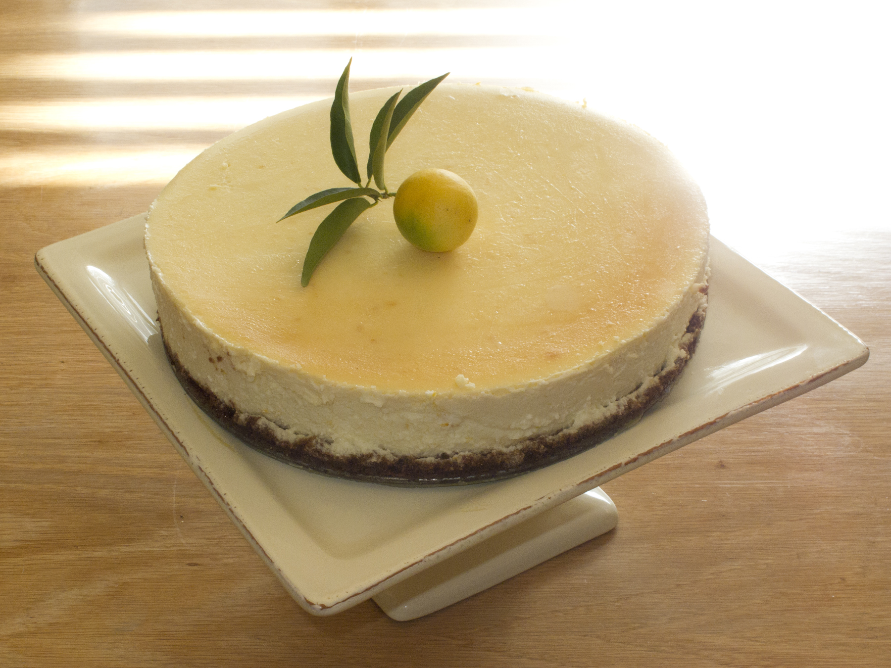Lemon Cheesecake with Gingersnap Crust | Mod Meals on Mendenhall